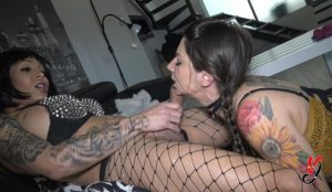 Vanessa Jhons (Full HD, blowjob, shemale on female, 1.62 GB, 1080p)